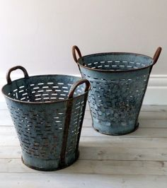 perfect to use as centerpieces on each reception table {Vintage Industrial Vineyard / Grape Baskets}