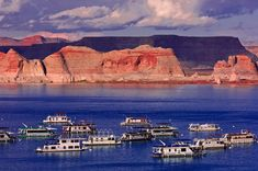 Houseboating On Lake Powell - EnjoyFamilyTravel Lake Powell Utah, Utah Adventures, Grand Canyon, Vacation, Nature, Travel, Vacations, Naturaleza, Viajes