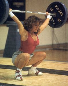 Robin Goad competed at the 2000 Sydney games, where women competed in weightlifting in the Olympics for the first time in history! She went on to name her daughter Sydney, who now herself is a National-level lifter Crossfit Quotes, Pilates Video, Olympic Weightlifting, Sports Medicine, Muscle Girls, Female Athletes, Powerlifting, Strength Training, Cross Training