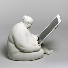 Venus of Cupertino: Venus is a sculptural study of beautiful and round forms, inspired by the curves of the ancient fertility figurines. She has bounced around in my sketchbooks for years and I finally conscripted her to dock my iPad! – Scott Eaton, Artist & Designer, Venus Design Studio