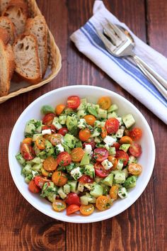 Tomato Cucumber Avocado Salad! #Food #Drink #Musely #Tip