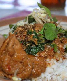 Menikmati Kuliner Wilayah Klaten, Jawa Tengah http://www.perutgendut.com/read/menikmati-portal-kuliner-wilayah-klaten-jawa-tengah/2192 #Food #Kuliner #Indonesia
