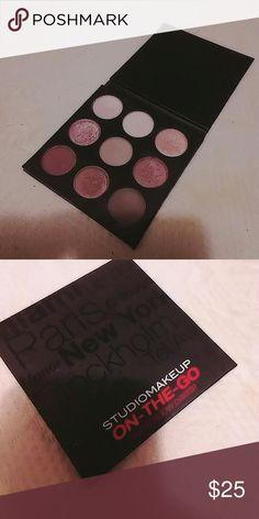 "Studio makeup ""on the go"" pallet Studio makeup retail for 50 Makeup Eyeshadow"