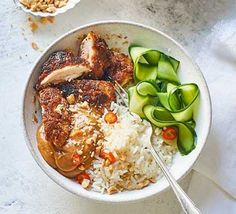 Impress your nearest and dearest with this chicken satay and sticky rice bowl. A quick and easy dinner for two, it could also work for Valentine's Bbc Good Food Recipes, Healthy Recipes, Savoury Recipes, Healthy Meals, Bbc Recipes, Healthy Food, Dinner Recipes, Healthy Eating, Meal Recipes