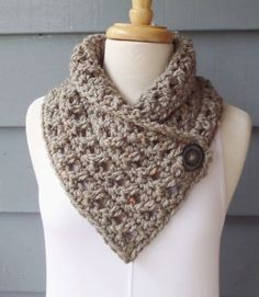 Crochet Cowl Free Pattern, Basic Crochet Stitches, Crochet Basics, Easy Crochet Patterns, Crochet For Beginners, Knitting Patterns, Crochet Scarves, Crochet Shawl, Diy Crochet