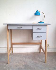 Petit bureau vintage aux pieds compas  www.monpetitmeuble.com