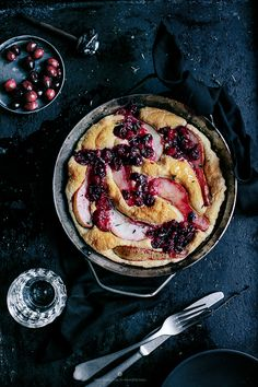 Fluffy omelette with pears, cranberries, ble cheese and thyme by Marta Greber