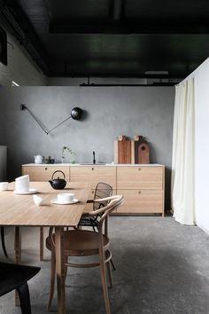 Alla scoperta delle cucine in bambù del brand norvegese Ask og Eng. Per chi cerca buon design e sostenibilità.