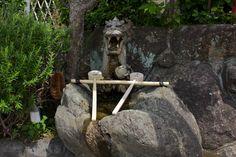 Tezuya at the Shin-yakushi-ji Temple in Nara.