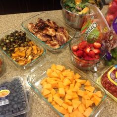 The easiest way to meal prep. This is the ONLY meal prep that I have ever stuck with. Keep it SIMPLE!  My exact tips and I included a list of easy recipes to use. This is a great way to get started!