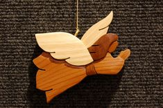 Wood carving ornaments trees 18 Ideas for 2019 Round Wood Table, Wood Table Rustic, Reclaimed Wood Desk, Christmas Angels, Christmas Ornaments, Dark Wood Bedroom, Wood Tile Floors, Diy Wood Signs, Diy Wood Projects