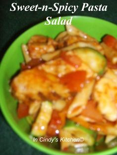 In Cindys Kitchen: Sweet-n-Spicy Pasta Salad : Grilled chicken strips, sweet bell peppers, onions, zucchini slices, tomatoes, pasta with a sweet and spicy red sauce that blends it all together