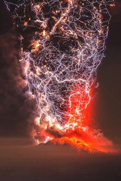 "vividessentials: ""Calbuco Eruption | vividessentials """
