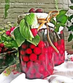 Gosia gotuje: Kompot wiśniowy z goździkami na zimę