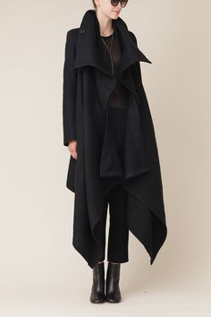 ann demeulemeester black long cybelle coat this is so right. Love - ann demeulemeester black long cybelle coat this is so right. Dark Fashion, Minimalist Fashion, Winter Fashion, Fashion Coat, Net Fashion, Color Fashion, Classy Fashion, Fashion Shoes, Fashion Outfits