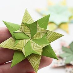 Diagram for a new origami star - find out how to make! Diagram for a new origami star - find out how to make! Origami Paper Folding, Origami And Quilling, Origami And Kirigami, Fabric Origami, Modular Origami, Paper Crafts Origami, Origami Art, Origami Tattoo, Oragami