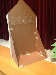 How to make basic freestanding stage props from cardboard Theatre Props, Stage Props, Theater, Stage Backdrops, Theatre Stage, Musical Theatre, Odyssey Of The Mind, Destination Imagination, Christmas Program