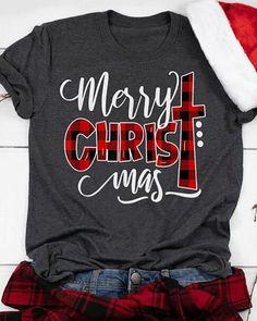 T Shirt Designs, Merry Christmas, Disneyland Christmas, Christmas Things, Christmas Ideas, Vinyl Shirts, Diy Shirt, Cute Shirts, 1 Piece