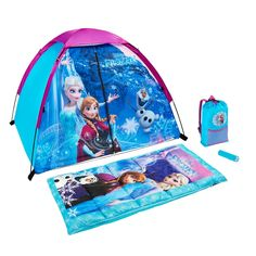 Featuring Elsa, Anna & Olaf graphics, camping just got more fun with this Disney's Frozen tent, sleeping bag, backpack and flashlight camping set by Exxel Outdoors. Little Girl Toys, Baby Girl Toys, Toys For Girls, Frozen Disney, Toddler Toys, Kids Toys, Frozen Toys, Discovery Kit, Camping Set