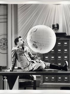 Big great dictator academy print globe scene