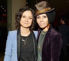 Sara Gilbert and Linda Perry Tie the Knot!