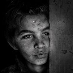 Gypsy Portrait by Jose Ferreira, via Behance