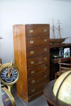 http://www.la-timonerie-antiquites.com/fr/antique/1114/grand-semainier-de-marine-en-teck-commode