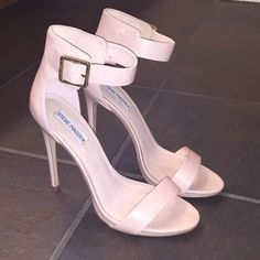 Steve Madden Blush Marlenee Heels worn once. I love them, the heels just a bit too high for me :) great condition. I bought them on sale for $60 but they usually sell new for around $90+ Steve Madden Shoes Heels