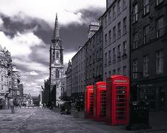 The Royal Mile, Edinburgh, Scotland.