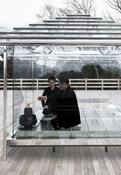 Making Time Visible: Tokujin Yoshioka's Glass Tea House in Kyoto, Japan   Yatzer