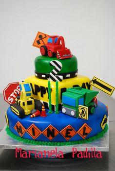 winel11 | Diggers and trucks cake. Construction and traffic … | Flickr