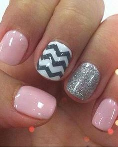Chevron nails -- light pink, white and grey. LOVE Chevron nails -- light pink, white and grey. Love Nails, How To Do Nails, Pretty Nails, Fun Nails, Color Nails, Nail Colors, Cute Simple Nails, Cute Short Nails, Pink Grey Nails