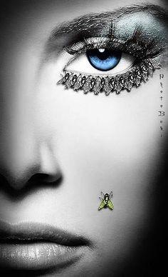 """Rosi Sir //3// """"los melodramas atraen a las moscas"""" Rosi Sir, el segundo día de su llegada a Barcelona, casi cerca de las 23 se conectó a Face, le intrigaba si habría respuesta de Brenda Sel, para ella la peluquera había sido asesi..."""