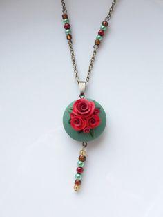 Rústico Rosa collar con colgante de estilo vintage por fizzyclaret, $30.00