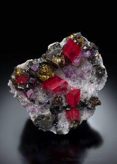 Rhodochrosite and Fluorite - Sweet Home Mine, Mount Bross, Alma District, Park Co., Colorado, USA