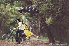 Inspiration for Your Pre Wedding Photography Pre Wedding Poses, Wedding Couple Poses Photography, Pre Wedding Photoshoot, Photography Ideas, Post Wedding, Wedding Pics, Wedding Shoot, Vespa Wedding, Wedding Stuff