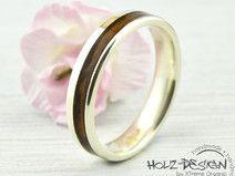 Weißgold Verlobungsring mit Holz Ring Trauringe