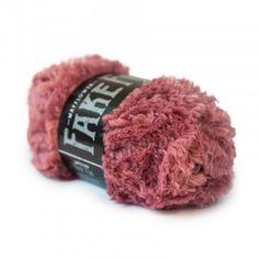 Mayflower Fake Fur Garn einfarbig 09 Pink fra Mayflower Crochet Hook Sizes, Knit Or Crochet, Crochet Hooks, Isle Of Man, Fake Fur, May Flowers, Black Spot, Fur Slides, Neck Warmer