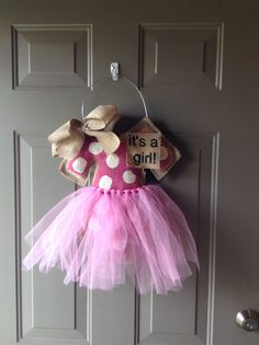 1000 images about baby door decorations on pinterest for Baby girl hospital door decoration