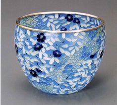 Japanese Pottery, Japanese Art, Shades Of Light Blue, Dark Blue, Best Mothers Day Gifts, Blue Bowl, Color Of Life, Pretty Art, Glass Design