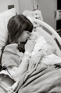 Love this whole series of birth photos