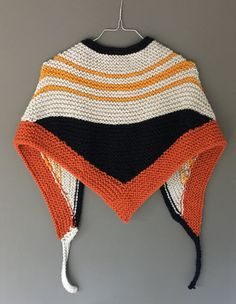 bufanda,chal,cuello,tejido a dos agujas,hecho a mano,triangular,marino,gris perla,mostaza,teja de Summertimejames en Etsy
