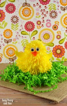 Cute Chick Pom Pom Craft - Easy Peasy and Fun