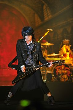 Live Report Day 2: #VAMPS #KAZ #VAMPSHalloweenParty2015 MAKUHARI (October 24, 2015)