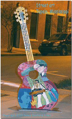 Street Art - The Guitars of Tupelo, Mississippi