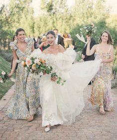 Purple Wedding, Dream Wedding, Wedding Day, Wedding Bride, Wedding Ceremony, Wedding Photography Inspiration, Wedding Inspiration, Wedding Bells, Wedding Gowns