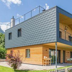 Idea Casa KaTo by Studio Arch. Manuel Benedikter in Caldaro, Italy Zinc Cladding, House Cladding, House Siding, House Roof, Shingle Siding, Modern Shed, Stucco Homes, House On Stilts, Tuile