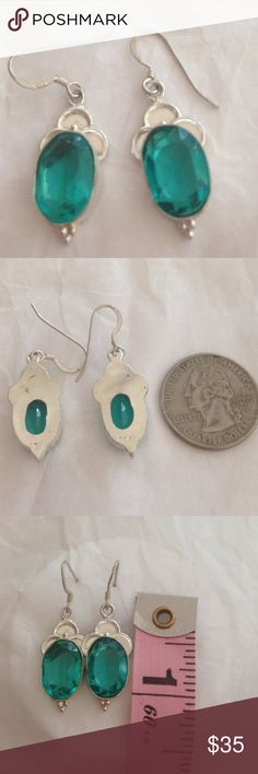 % 925 Sterling silver % aquamarine earrings  Lovely ✨ Sparkling, faceted % aquamarine gem stones, set in % 925 hand made Sterling silver setting, with 925 stamp, to make these vintage style, French hook earrings. Measuring 1 & 1/4 X 0.5 inches. Simply beautiful NWOT  Handmade/crafted Jewelry Earrings