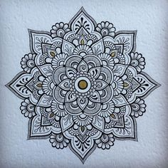 40 beautiful mandala drawing ideas & how to . 40 illustrated mandala drawing ideas and inspiration. learn how you can draw mandalas step by step. Mandala Doodle, Mandala Art, Mandalas Painting, Mandalas Drawing, Mandala Pattern, Zentangle Patterns, Dot Painting, Doodle Art, Zentangles