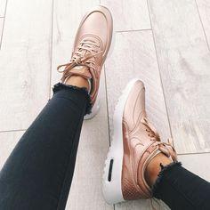 I have a shoe problem but rose gold shoes???? ok